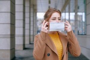 coronatest sneltest en pcr test afnemen met reis certificaat in albergen direct uitslag bij coronatest-hengelo.com