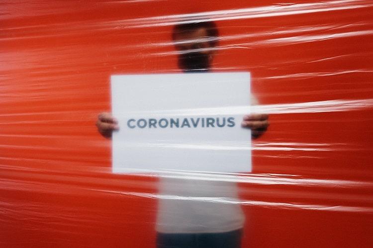 coronatest sneltest en pcr test afnemen met reis certificaat in hengelo direct uitslag bij coronatest-hengelo.com